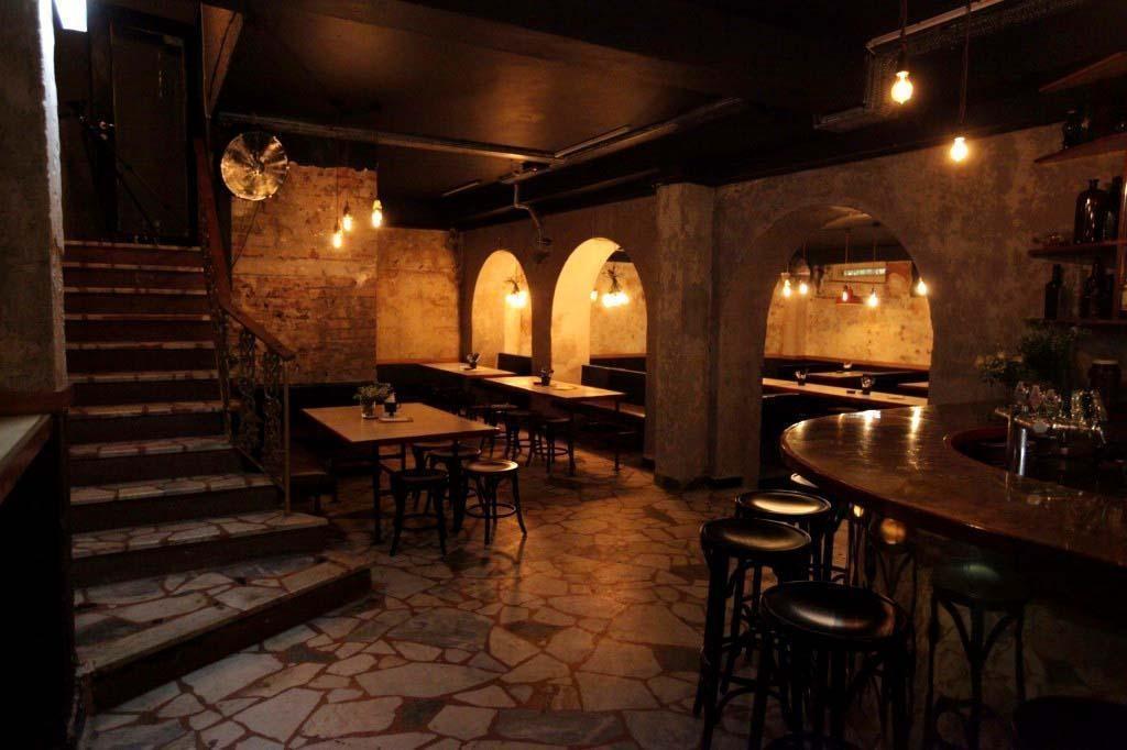 Old Growler bar - hidden bars Sydney