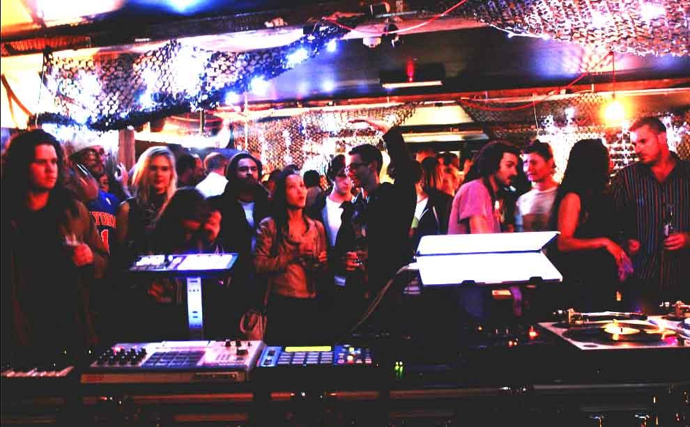 Play Bar - best hidden bars sydney