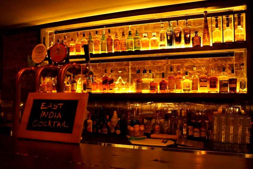 trapt-whats-on-melbourne-things-to-do-cbd-hidden-rooms-adventure-escape-room-puzzle-activities-best-bars-cocktail-bar-venues-006.jpg