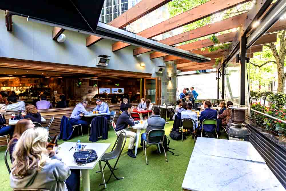henry-and-fox-function-venues-melbourne-event-venue-hire-cocktail-functions-birthday-party-spaces-small-space-corporate-events-private-dining-room-001.jpg