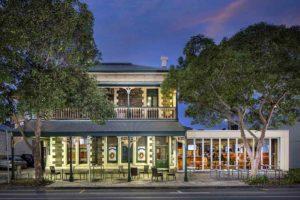 The Wellington Hotel - Bar Adelaide