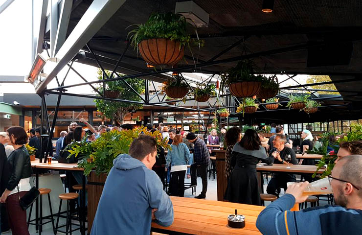 CORNER-melbourne-bars-bar-best-top-to-do-footy-game-sport-match-drink-drinks-food-dining-entertainment - Copy