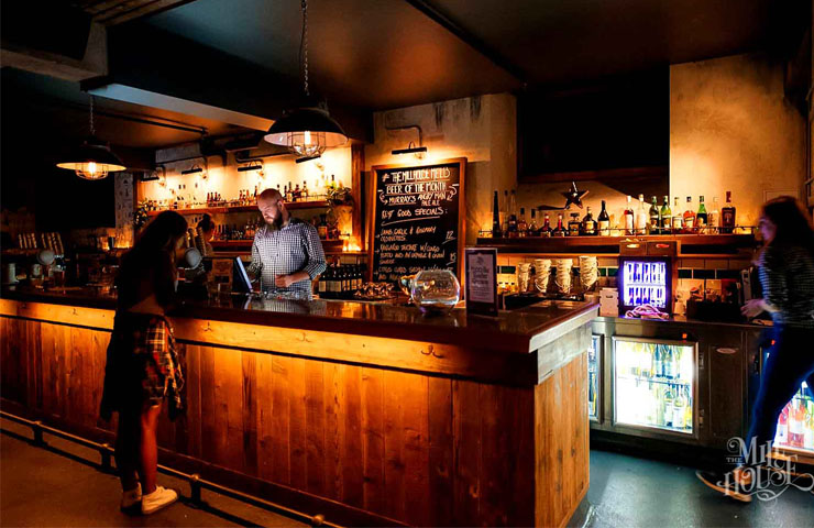 The-Mill-House-flinders-lane-melbourne-cbd-bar-bars-weekend-to-do-best-drinks-drinking-7