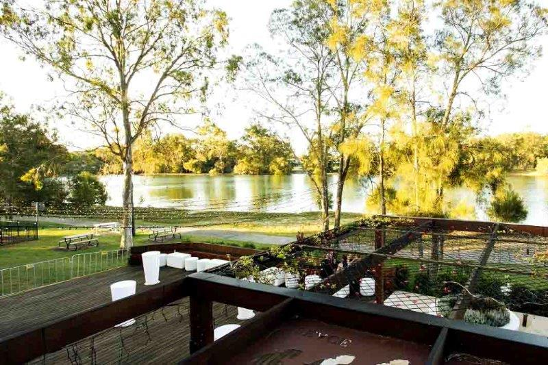 function-venues-gold-coast-queensland-wedding-venue-hire-cocktail-functions-waterfront-event-spaces