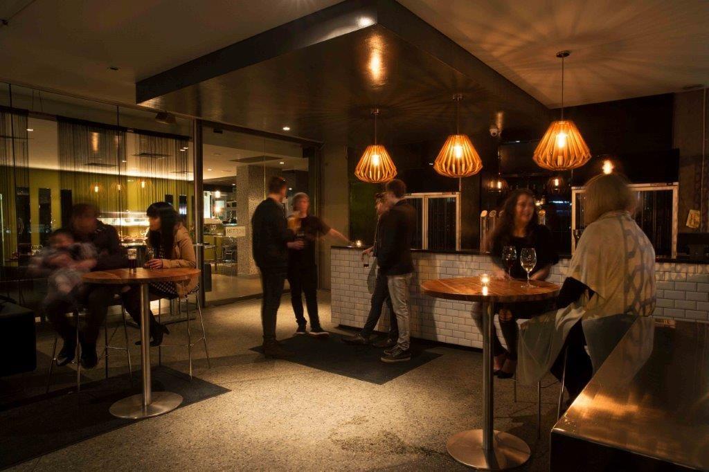 Metro Bar & Bistro - Top Bars Perth