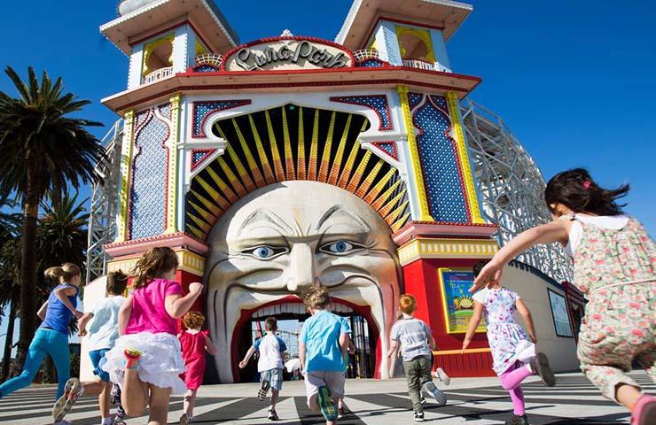 melbourne-easter-activity-weekend-drink-food-stkilda-st-kilda-luna-park-lunapark