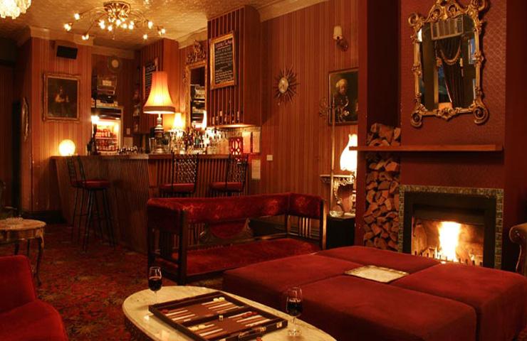 Back-Bar-melbourne-drinks-entertainment-whats-on-quirky-unique-antique-party-venue