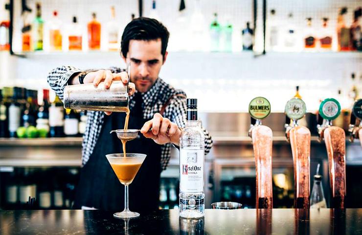 best-bars-drinks-venue-adelaide-cbd-fun-night