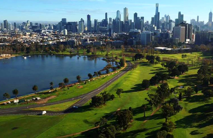 best-lazy-sunday-idea-date-albert-park-golf-fun-garden-melbourne