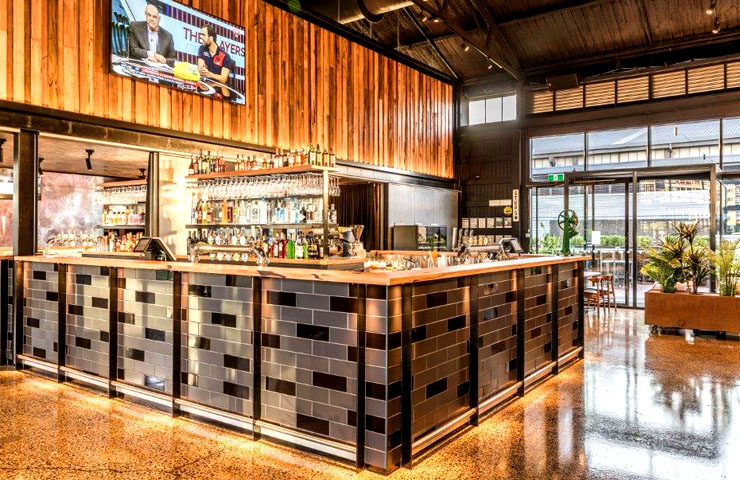 woolshed-best-restaurants-waterfront-venue-bar-meal-food-city-water-dining-wine-fine1