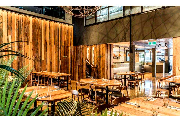 woolshed-best-restaurants-waterfront-venue-bar-meal-food-city-water-dining-wine-fine2
