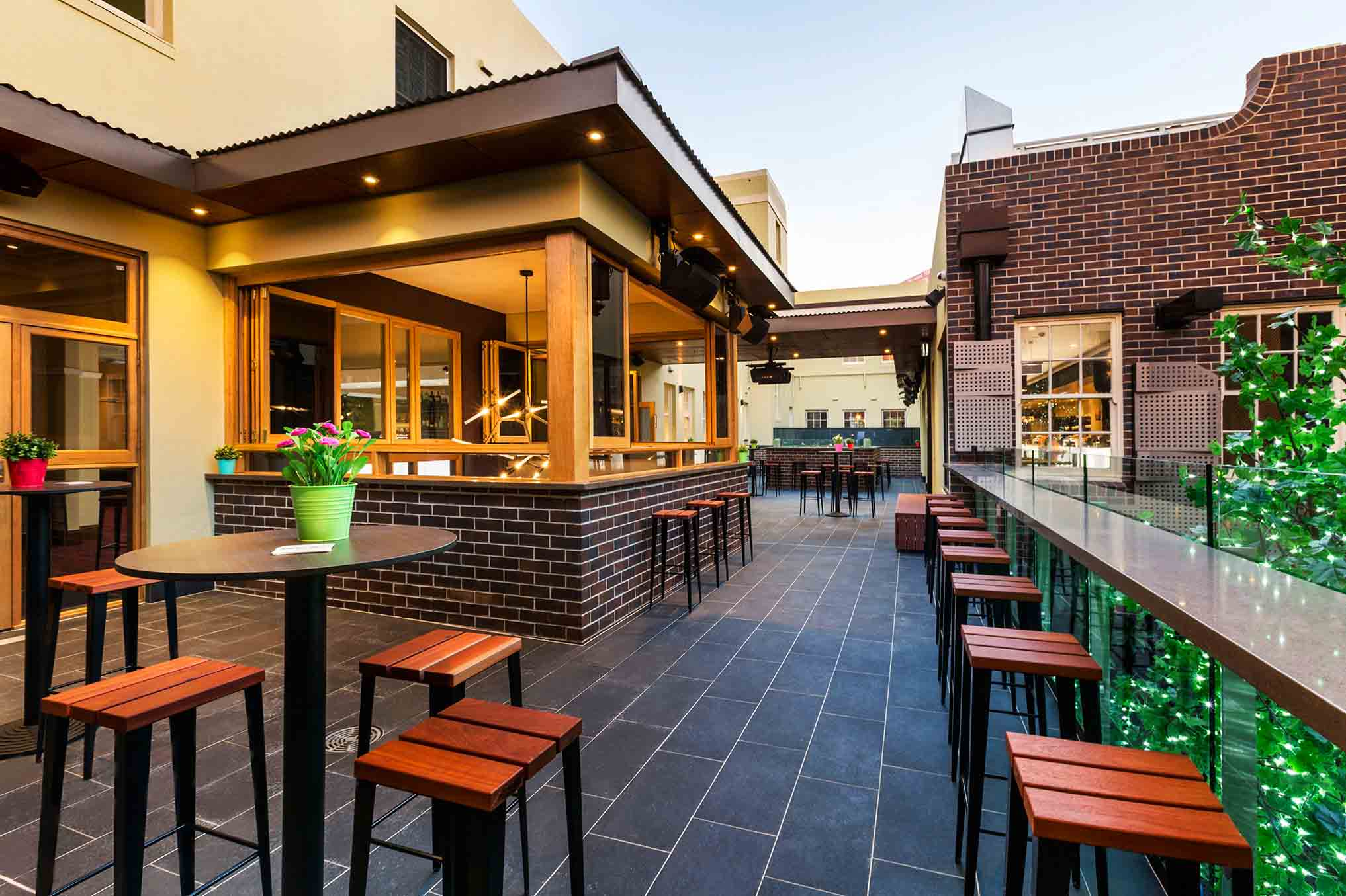 Crows Nest Hotel <br/> Best Outdoor Bars