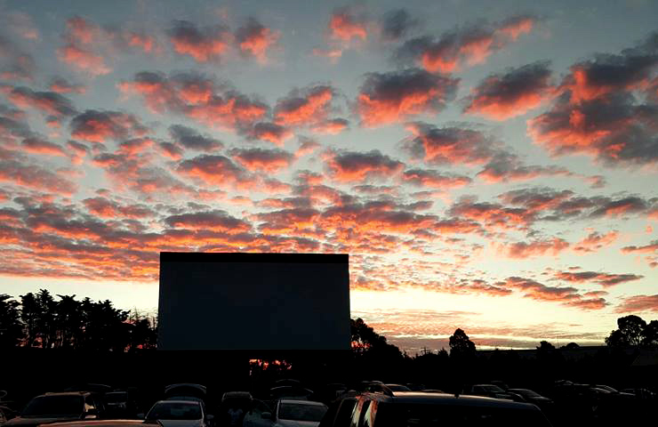 top-drive-ins-melbourne-lunar-fun-date-night-friends