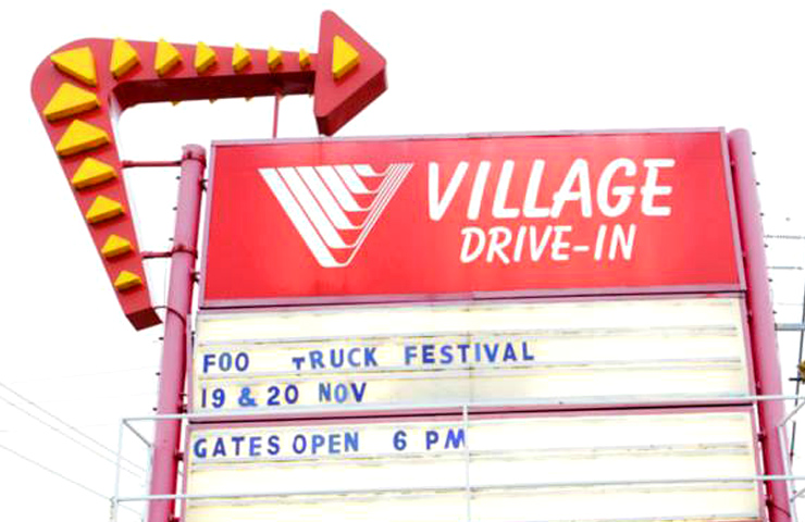 top-drive-ins-melbourne-village-fun-date-night-friends