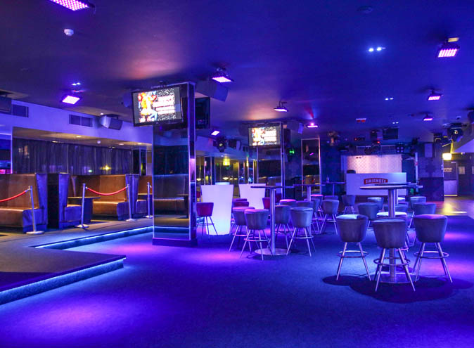 Melbas-On-The-Park-bar-Brisbane-Surfers-Paradise-Gold-Coast-hidden-nightclub-club-late-cocktail-dance-dancefloor-dj-fun-night-good-best-009