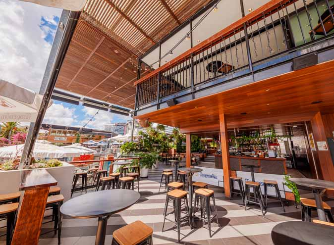 Southbank-Beer-Garden-Brisbane-restaurant-restaurants-australian-pub-pubs-specials-burgers-South-southside-waterfront-outdoor-outside-large-unique-007