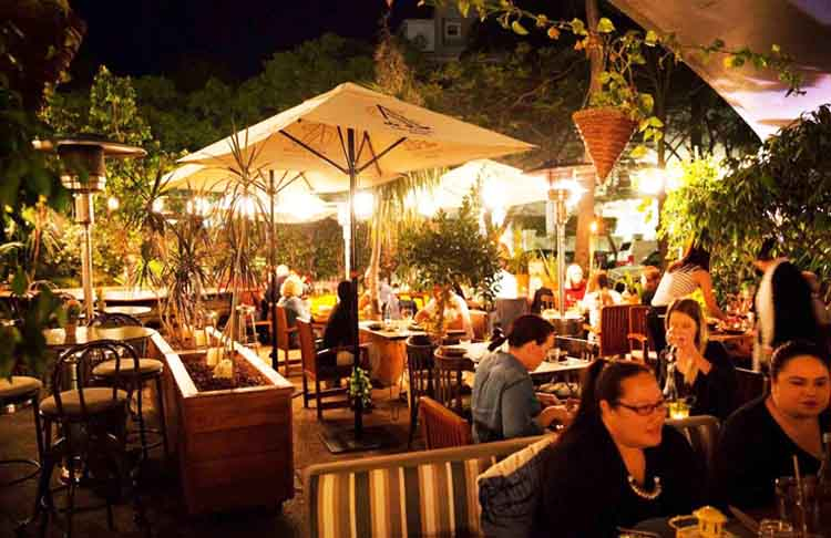 Summerhouse-Restaurant-&-Bar-CBD-Brisbane-dinner-romantic