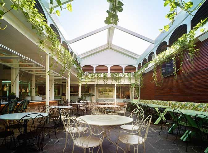 The Glen Hotel restaurant eight mile plains trivia restaurants brisbane dining top outdoor australian pub classic large 005